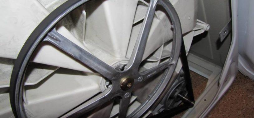 Слетел или порвался ремень? Замена ремня в стиральной машине.