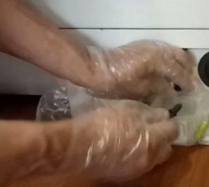 чистка сливного насоса стиральной машины LG шаг 3