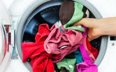 10 причин, почему стиральная машина не отжимает бельё